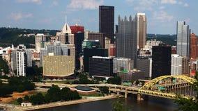Timelapse aéreo de la Pittsburgh 4K céntrico metrajes