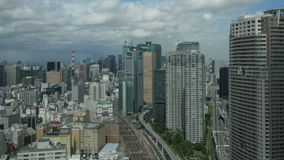 Timelapse aereo di paesaggio urbano di Tokyo archivi video