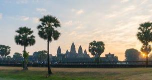 Timelapse Angkor Wat och soluppgång i Siem Reap Kambodja arkivfilmer
