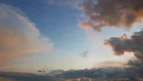 Timelapse ardent de nuages banque de vidéos