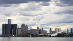 Timelapse av Detroit horisont från den Belle Isle dagen till natten 4K arkivfilmer