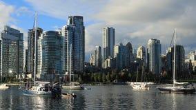 Timelapse av Vancouver, Kanada med fartyg i förgrund 4K arkivfilmer