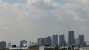 Timelapse of blue autumn skies and cloudscape over the Tokyo horizon. stock video