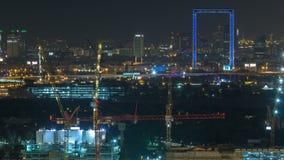 Timelapse con el capítulo, una nueva arquitectura icónica de la noche del horizonte de Dubai en la ciudad almacen de video