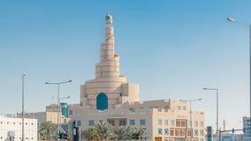 Timelapse cultural islâmico do centro de Catar em Doha, Catar, Médio Oriente filme