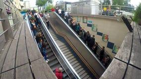 Timelapse da escada rolante do metro video estoque