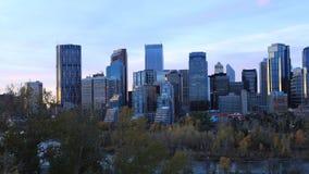 Timelapse dag till natten av Calgaryen, Alberta horisont 4K stock video