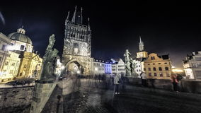 Timelapse de Charles Bridge en Praga almacen de video