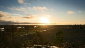 Timelapse de coucher du soleil en Suède à la soirée d'autum banque de vidéos