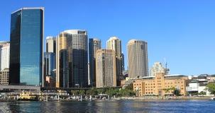 Timelapse de horizon van Sydney, Australië op mooie dag 4K stock video