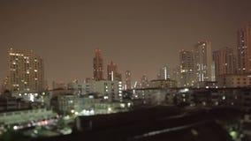 Timelapse de la ciudad de Bangkok con la lente del inclinación-cambio almacen de metraje de vídeo