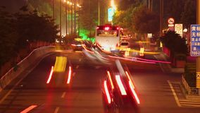 Timelapse de la escena de la calle en la noche, Xi'an, Shaanxi, China metrajes