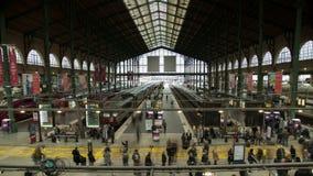 Timelapse de la estación de tren Gare du nord en la definición ultra alta 4K almacen de video