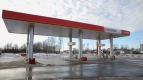 Timelapse de la gasolinera almacen de metraje de vídeo