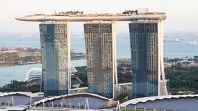Timelapse de la puesta del sol de Singapur Marina Bay Sands almacen de video