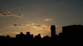 Timelapse del cloudscape di tramonto sopra Tokyo video d archivio