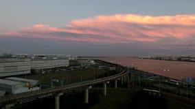 Timelapse del cloudscape di tramonto sopra Tokyo archivi video