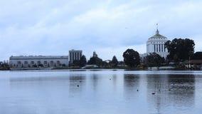 Timelapse del lago Merritt, Oakland California 4K almacen de video
