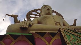 Timelapse del monumento de Buda en Tailandia Samui almacen de metraje de vídeo