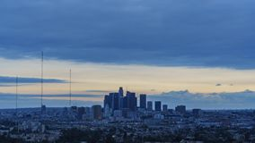 Timelapse del movimiento de la opinión de alto ángulo del paisaje urbano de Los Ángeles