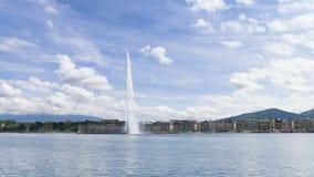 Timelapse della fontana di Ginevra (d'eau del getto) a Ginevra, Svizzera archivi video