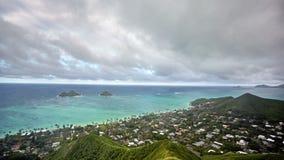 Timelapse della spiaggia di Lanikai e delle isole di Mokulua, O'ahu, Hawai'i archivi video
