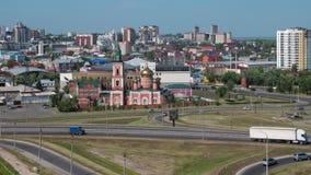 Timelapse della vista di Barnaul della citt? della citt? e della chiesa, Altai, Russia stock footage