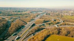 Timelapse der Kreuzung der Autobahn M25, London, Großbritannien stock video footage