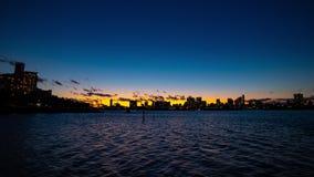 Timelapse di tramonto ad area della baia di Tokyo nella panoramica di Odaiba Tokyo stock footage