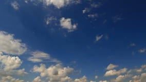 Timelapse do céu azul filme