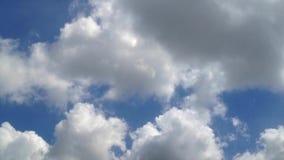 Timelapse do céu e da nuvem vídeos de arquivo