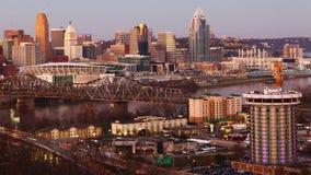 Timelapse du centre de la ville de Cincinnati au coucher du soleil 4K