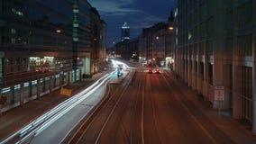 Timelapse du trafic de nuit La vie de nuit dans la grande ville banque de vidéos
