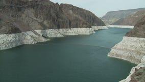 Timelapse entrante della diga di aspirapolvere del fiume Colorado stock footage
