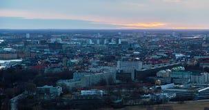 Timelapse för flyg- sikt för Stockholm solnedgång arkivfilmer