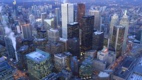 Timelapse flyg- plats av Toronto, Ontario natt till dagen 4K lager videofilmer