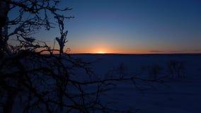 Timelapse hermoso del panorama de la puesta del sol del invierno metrajes