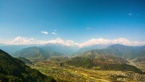 timelapse 4k av den Himalayan sikten från den Sarankot kullen stock video