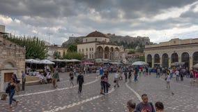 timelapse 4K della gente che cammina a Atene, Grecia stock footage