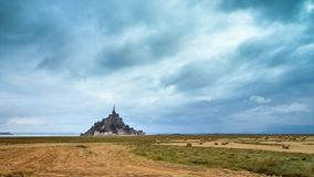Timelapse 4K di Le Mont Saint-Michel archivi video
