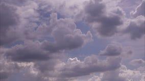 timelapse 4k fördunklar och himmeluhdvideoen 25FPS