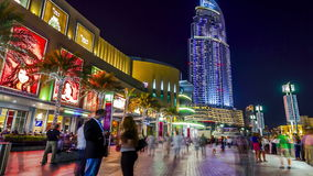 timelapse 4K Lasso di tempo della passeggiata della gente del Dubai video d archivio