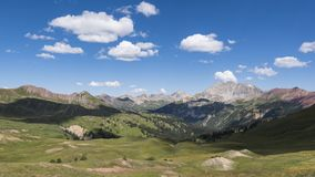 Timelapse landskap i Rocky Mountains, rödbrun-Snowmass vildmark arkivfilmer