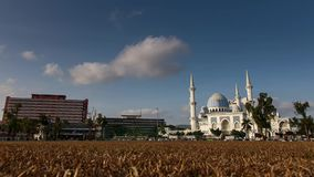 Timelapse - Masjid Negri Sultan Ahmad Shah Mosque, Kuantan, Malaysia stock video