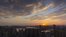 Timelapse materiał filmowy Wuhan miasta linia horyzontu zmierzch w lecie zbiory wideo