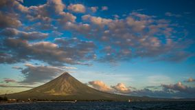 Timelapse morning and sunrise Mayon Volcano in Legazpi, Philippines. Mayon Volcano is an active volcano and rising 2462. Meters from the shores of the Gulf of stock footage