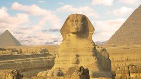 Timelapse Nubes sobre la pirámide de Cheops y de la esfinge El Cairo Egipto almacen de metraje de vídeo