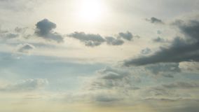 Timelapse oscuro dramático de las nubes almacen de video