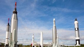 Timelapse på raketträdgården på Kennedy Space Center lager videofilmer