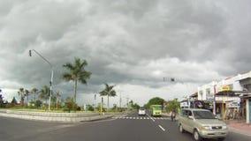 Timelapse som kör längs vägarna i Bali Andreev arkivfilmer